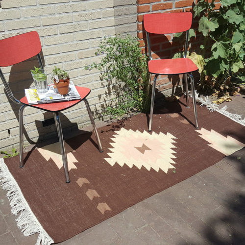 Bonam Home, dhurrie rug, recycled plastic bottles, water bottles, upcycling, sustainable living, south western style, indoor outdoor rug